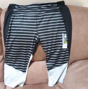 Athletic Works Size XXL Capri Pants